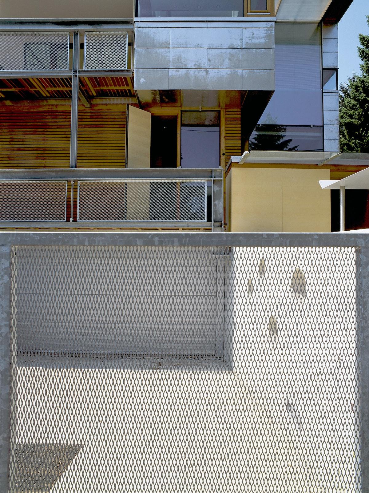 Solar Deck Lew Rodin 79020020