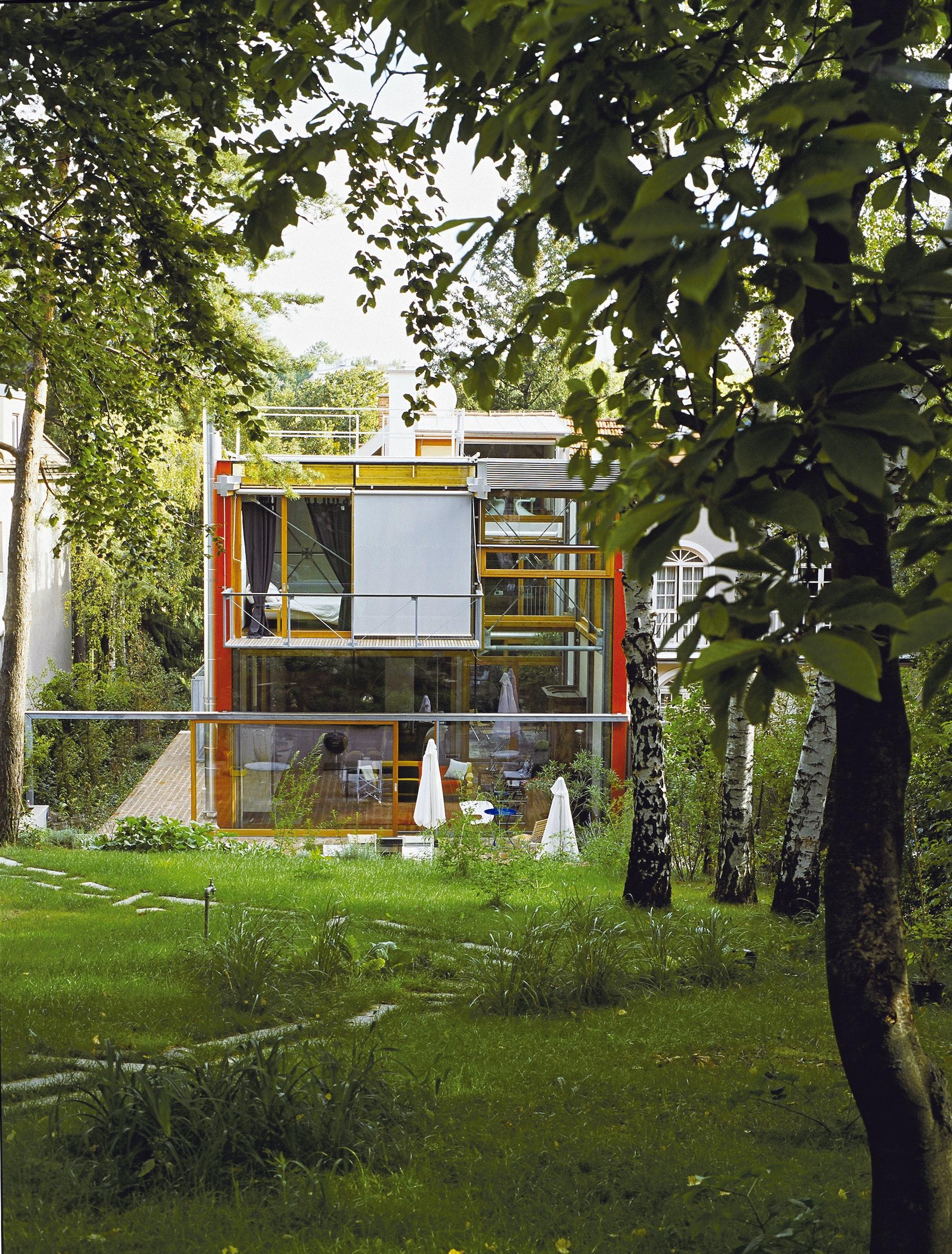 Solar Box Lew Rodin 89000005